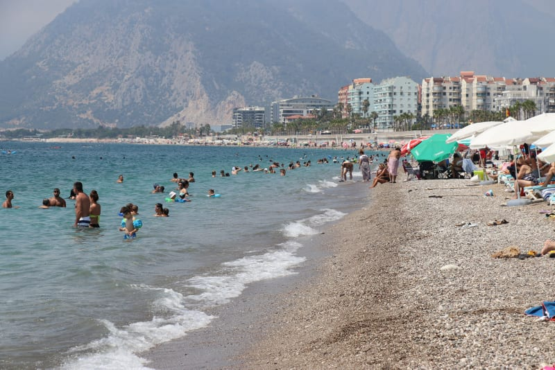 British holidaymakers praise Turkey's COVID-19 measures