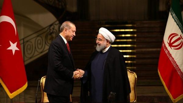 Президент Турции Эрдоган провел телефонный разговор с президентом Ирана Рухани