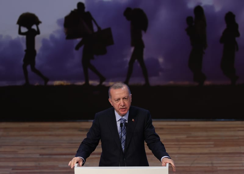 Erdoğan criticizes EU for failing to provide funding for migrants in Turkey