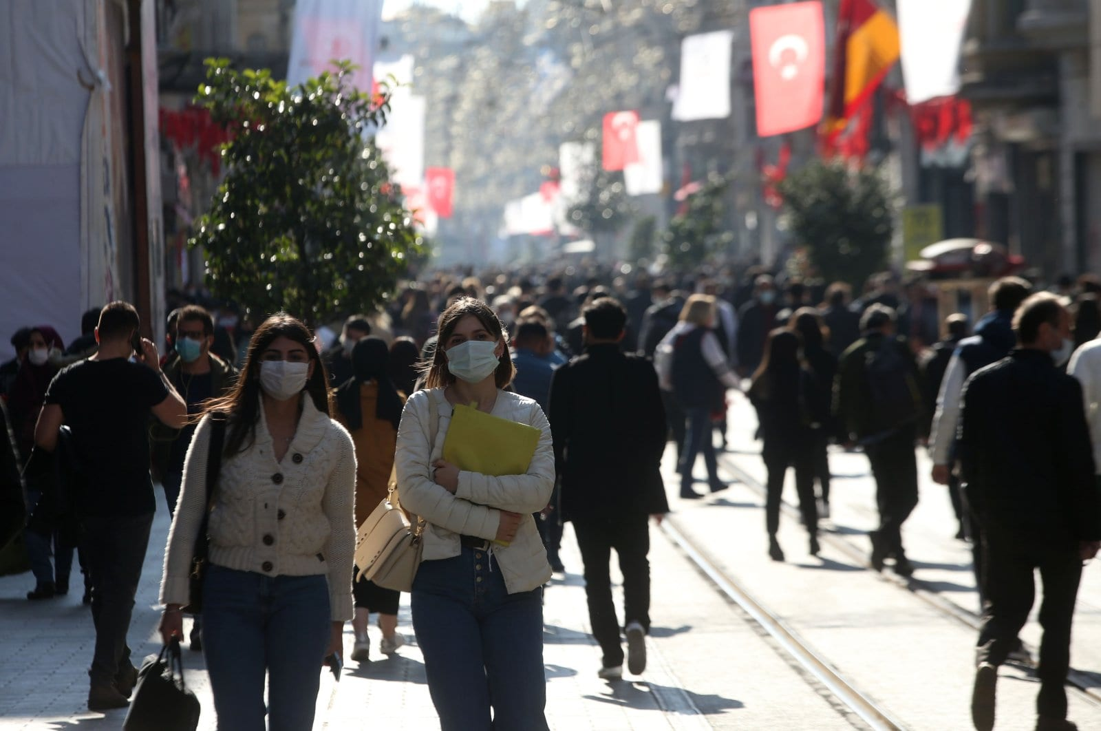 Turkey reveals COVID-19 infection risk map