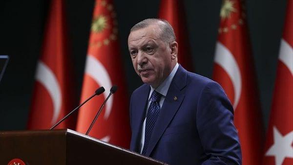 Турция вводит частичные ограничения в связи с коронавирусом
