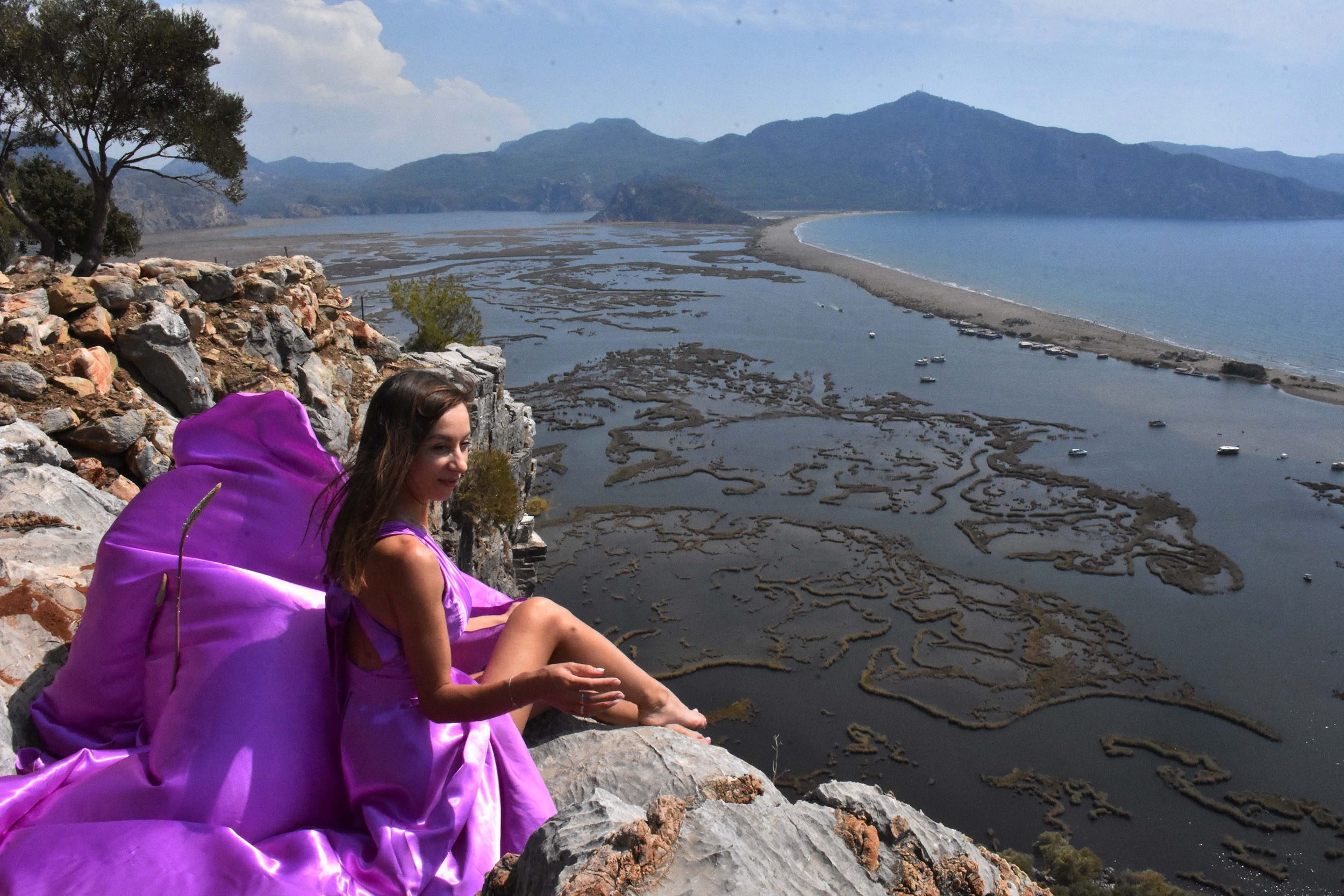 Russian influencers amazed by beauty of Turkey's Mugla